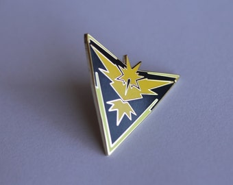 Pokemon Go! Team Instinct Gold Metal Pin