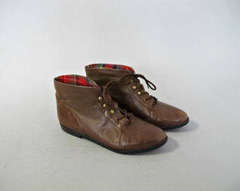 1980s plaid lined leather ankle boots