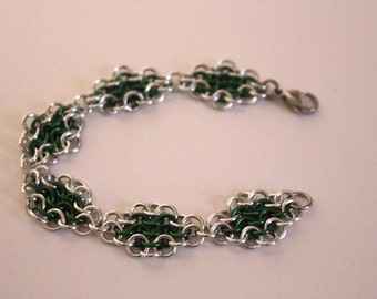 European 4 in 1 Chainmaille Bracelet | Hand Crafted Chainmaille Jewelry | Handmade Bracelet | Green and Silver | Anodized Aluminum