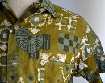 Vintage 1960s Hawaiian Tiki Shirt by Polynesian Size Medium