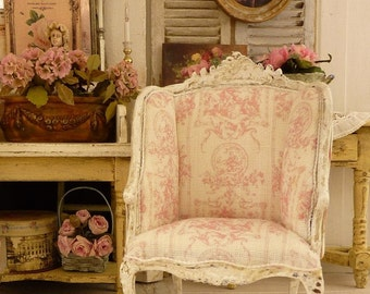 French Bergere, XVIIIth, Louis XV, Shabby pink French Toile de Jouy, French dollhouse furniture in 1:12 th scale