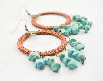 Creole style earrings in macramé - turquoise chips - boho style - bohemian