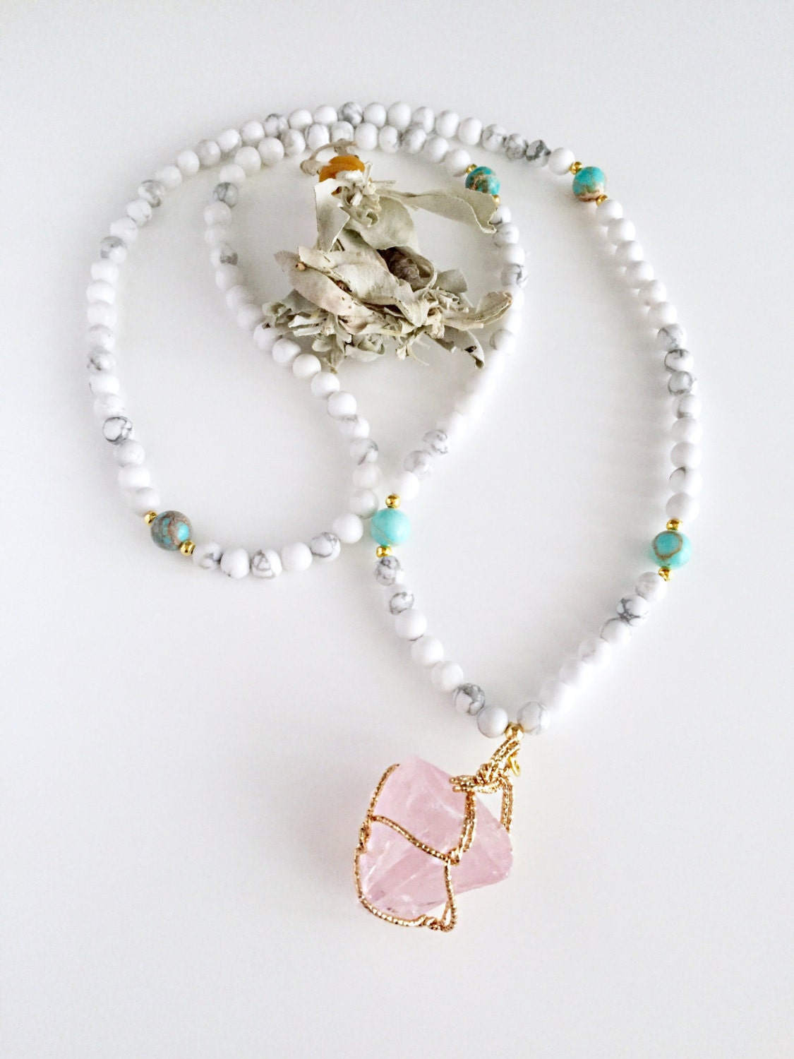 how to use a mala necklace