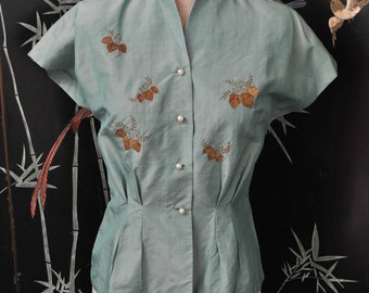 1950s Silk Embroidered Blouse - Small