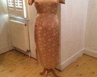 gorgeous vintage beige/bronze/gold silk cheongsam 1950's/ 1960's dress with traditional chinese embroidery