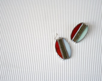 Techie oval earrings in green and red glass and upcicled circuit board, Tiffany tecnique