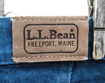 LL Bean Relaxed Fit High Waist Blue Jeans. Hipster Jean. Tapered Leg. SZ 8