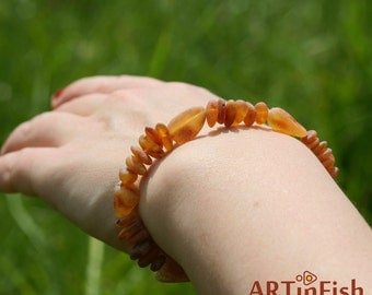 Genuine Baltic AMBER BRACELET. Raw Untreated stones. Therapeutic! Adult size. On elastic string.