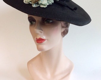 30s Navy Blue Straw Wide Brim Hat / 1930s Vintage Sun Hat With Fabric Flowers