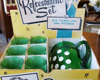 Anchorglass 7 piece Refreshment Set: Green Polka Dot