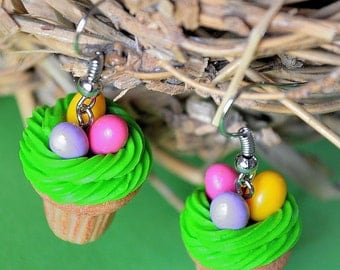 Easter cupcake earrings,Easter eggs nest cupcakes,Easter vanilla cupcakes,Easter earrings,Easter jewelry,Food jewelry,Polymer clay jewelry