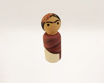 Frida Kahlo Wooden Peg Doll / Female Artists / Latin America / Feminist Figurine