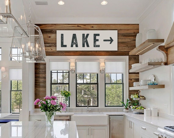 Large cabin decor pictures