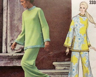 Vogue 2333 PUCCI Tunic w Standing Collar Bell Sleeves & Wide Straight Legged Pants 1970s Vintage Couturier Design Sewing Pattern Cut Size 10