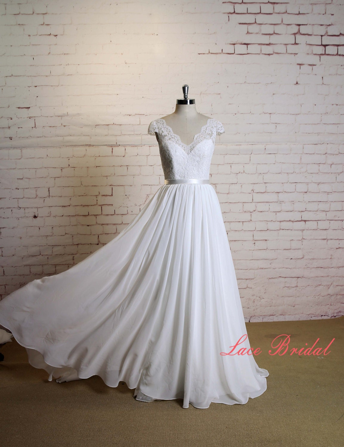 Custome Wedding Dress with Cap Sleeves A line Chiffon Bridal