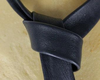 Tie blue leather