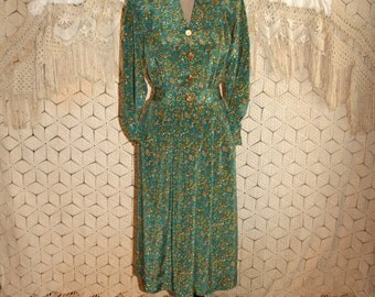 80s Clothing Vintage Long Sleeve Dress Small Petite Green Paisley Print 1980s Secretary Dress Leslie Fay Size 6 Dress Womens Clothing