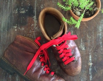 vintage vasque italian hiking boots // brown leather rustic rompers // women's woodland // size 9.5