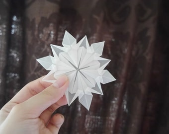 Paper Snowflake Ornaments, Set of 7.