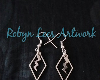 Modern Silver Earrings with Rhombus Diamonds and Lightning Bolts