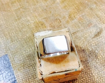 Vintage Sterling Silver Plain Ring - Size 7