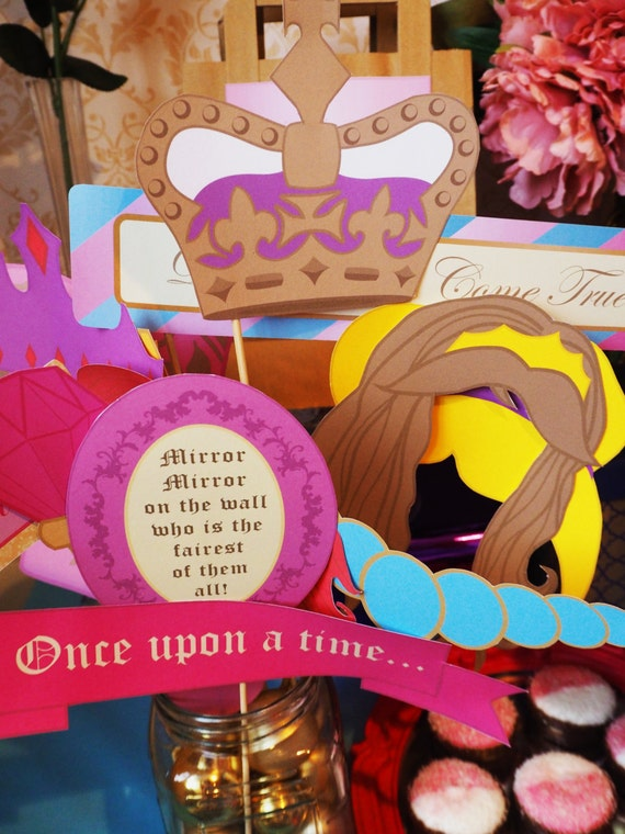 PRINCESS - Fairytale - Photobooth Props - Girls - Birthday - Baby Shower - Party - Vintage - Pink - Gold - PRINTABLE - Pdf - Digital Files