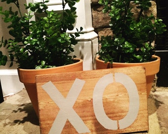 """Hand Painted """"XO"""" Wood Sign"""
