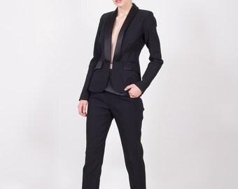 Black tuxedo woman jacket/ Black blazer/ Black tuxedo blazer/ Black woman suit
