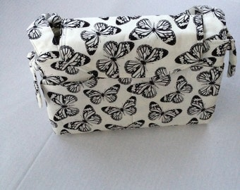 Butterfly purse in black and white with 18 pockets