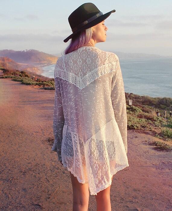 Gray White Lace Knit Kimono Sweater // Boho Top // Bohemian
