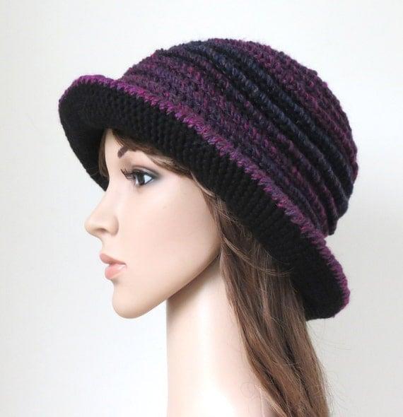 Purple cappello a tesa, Boho Floppy Hat, cappello della benna prugna nera, abiti bohemien, Vegan Handmade unico cappello all