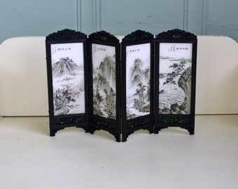 Dollhouse Asian Screen Room Divider Miniature Plastic Chinoiserie