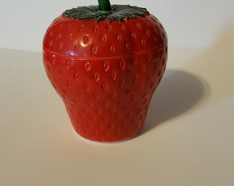 Hazel Atlas Strawberry jar milk glass with stemmed lid