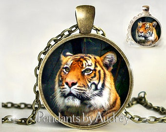 Tiger Necklace, Tiger Pendant, Tiger Jewelry, Big Cat Jewelry,Wild Cat,Wildcat,Wildlife Necklace,Picture,Glass,Gift,Gift for Her,Print,Charm