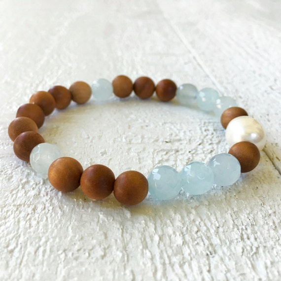 Freshwater Pearl And Sandalwood Bracelet, Faceted Light Blue Agate Bracelet, Mala Inspired Jewelry, Natural Healing Jewelry, Beach Jewelry