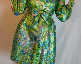 ON SALE!!! 1960s Metallic Brocade Swirl Dress with Cute Bow Belt!