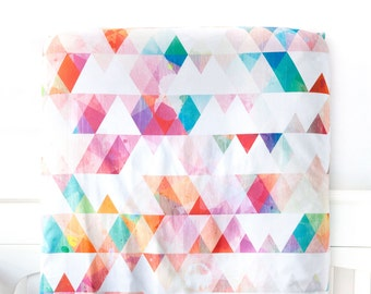 Organic Crib Sheet Confetti Triangles, Fitted Crib Sheet, Baby Bedding, Crib Bedding, Organic Crib Sheet, Baby Girl Bedding, Rainbow Colors