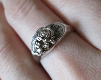 "Keepsake Sterling silver 925 Vintage Carved Flower ""B"" Initial Ring, size 8"