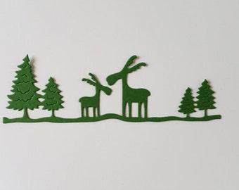 8 Moose in Pine Trees Die Cuts