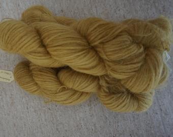 Icelandic pure wool, hand dyed with  Rheum rhabarbarum 240915-31