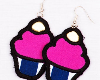 Cute Cupcake Earrings - Silver
