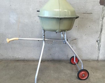The Dutches Cooker Vintage BBQ on Wheels (EGSD4T)