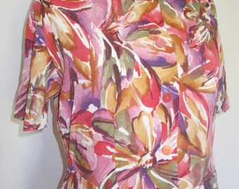 Vintage dress 80s floral dress scoop neck and short sleeves buttons down front large XL