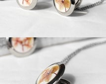 Photo locket necklace for mother Gift girlfriend memory lockets for women Picture lockets Real flower necklace