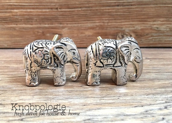 Set of 2 silver pewter etched elephant knob elephant drawer Silver elephant home decor