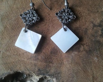 Mother of Pearl Square Earrings - Filigree - Shell Jewelry - Dangle Earrings