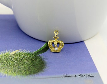 Crown Charm, Tiny Crown Charm, Gold Crown Charm with Rhinestone, Mini Gold Crown Pendant, Tiara Charm