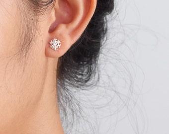 Snow Flake Sterling Silver Stud Earrings, Minimal Earring, Tiny Earrings, everyday earrings