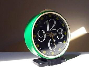Vintage Green Made in USSR Alarm clock / Seventies / Retro / Vintage / Home decor / Soviet vintage