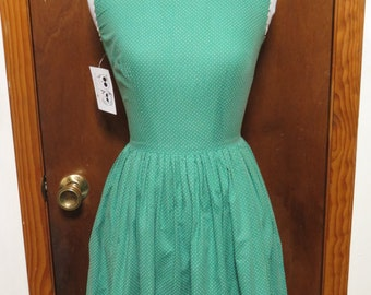 Vintage Kelly Green Cotton Polka Dot Pleated 1950's Dress Lace Trim Sz XS